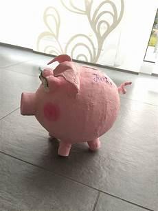 Schwein Aus Ballon Und Gipsbinden Gips