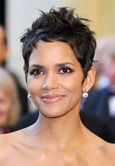 halle berry haircuts short hair pixie curly hairstyles