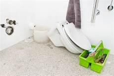 prix d un toilette comment installer un wc suspendu