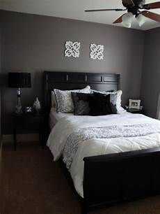 Bedroom Ideas Grey And Black by Purple Grey Guest Bedroom Bedroom Designs Decorating