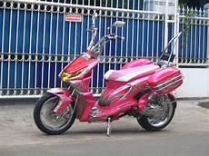 Modifikasi Beat Touring by Popular Modifikasi Motor Pink Touring Honda Beat Retro