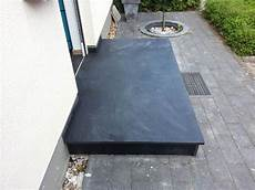 podest hauseingang granit nero assoluto granit eingangspodest au 223 enbereich
