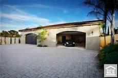 Villa Mit Tiefgarage - welke 12 auto s zet je in deze villagarage autoblog nl