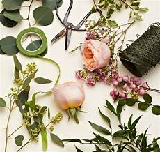 learn how to create your own gorgeous floral garlands