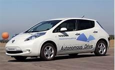 nissan autonomous car 2020 nissan autonomous to be ready by 2020 machinespider
