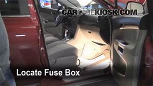 How To Jumpstart A 2008 2010 Saturn Vue