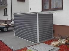 kleine garage für motorrad motorradgarage kleingarage mit metallrollo agur trailer