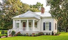 southern living small cottage house plans pin by diane leyh on perfect mcclellanville cottage