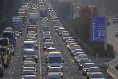 Proteste Gegen Lkw Maut Autobahnblockade In Belgien