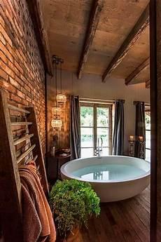 badezimmer rustikal modern badezimmer rustikal landhaus ovale badewanne und