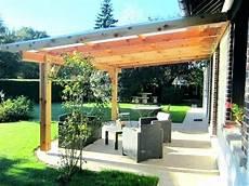 pergola en bois couverte construire sa pergola en bois pergola construire une