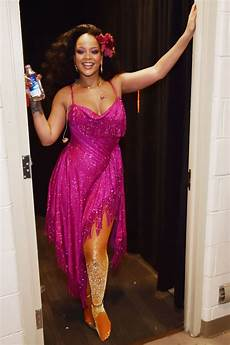 arielcalypso rihanna backstage at the grammy awards