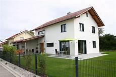 Einfamilienhaus Satteldach Garage Suche House