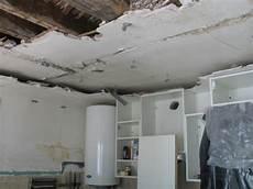 refaire plafond refaire un faux plafond isolation id 233 es
