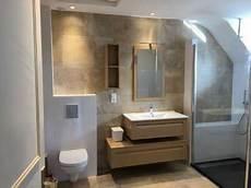 magnifique salle de bain aspect bois et marbre