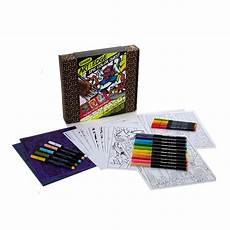 amazon com crayola art with edge coloring set adult