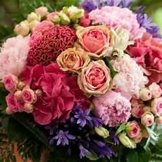 Bouquet 70 Roses Fleuriste Bulldo