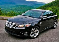2010 ford taurus first