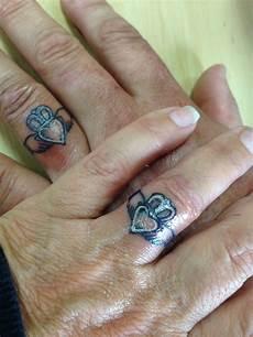 the claddagh ring irish f 225 inne chladaigh is a