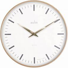 light wooden quartz wall clock bonde 25001