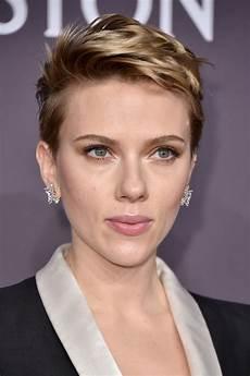 Johansson New Hair Style johansson cut hairstyles lookbook