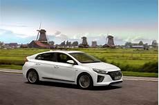 Essai Hyundai Ioniq Hybride 2016 Prius Prends Garde