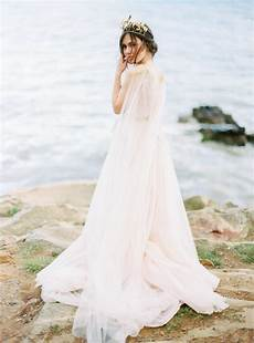 Ethereal Wedding Gowns 20 ethereal wedding dresses