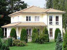 Häuser Mit Fensterläden Bilder - mediterrane haeuser mediterran villa 2 bauen de