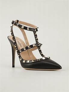 valentino rockstud pumps in black lyst