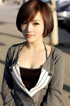 pictures of classic short bob haircut for women 2014