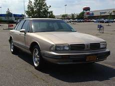 car owners manuals for sale 1995 oldsmobile 88 transmission control sell used 1995 oldsmobile delta 88 good running car good for commuting or first car in shirley