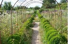 le jardin de le jardin plume le jardin de fleurs garance