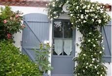 couleur peinture volet bois 89070 23 meilleures images du tableau peinture pour volets house exterior homes et windows
