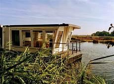 Haus Auf Wasser - schwimmende ferienh 228 user und hausboote ferien am wasser