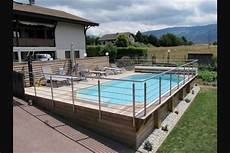 piscine sur terrain en pente could be done in a slightly sloping front lawn with an