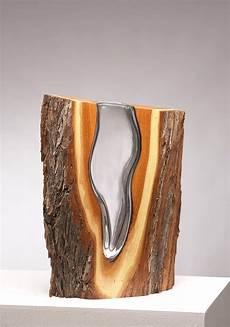 vase en bois design surprising sculptures crafted from glass and wood fubiz