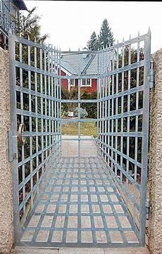 Knick In Der Optik - knick in der optik foto bild architektur fenster