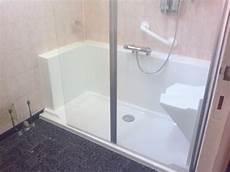 siege de baignoire castorama am 233 nager une salle de bain pour personnes agees easy