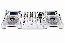 pioneer console dj pioneer dj cdj 2000nxs2 w and djm 900nxs2 w system limited