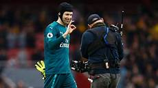 arsenal s petr cech becomes first goalkeeper to reach 200