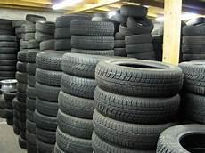 vente pneu occasion vente de pneus neufs occasion et r 233 vision de v 233 hicule au luc le luc pneus services