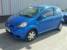 toyota aygo 2011 2011 toyota aygo blue for sale at copart uk salvage car