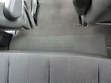 Buy Used 2005 White Chevrolet Maxi Van Express 15