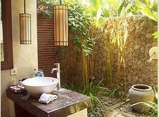 33 Outdoor Bathroom Design and Ideas   InspirationSeek.com