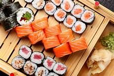 Sushi Sind Maki Und Nigiri Wirklich So Gesund Worauf