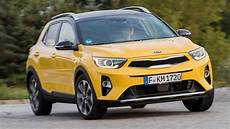 kia stonic automatique 2019 kia stonic review top gear