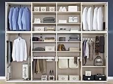 Gro 223 Er Offener Kleiderschrank Im Schlafzimmer