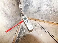 nasse wände streichen wei 223 er schimmel wand extrahierger 228 t f 252 r polsterm 246 bel