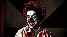 maquillage clown tueur homme 108811 que risquez vous 224 vous d 233 guiser en clown m 233 chant