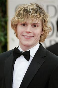 evan peters rainbow colored south american horror stories evan